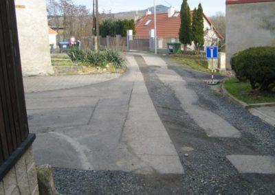 Lhotka nad Labem - dolní ulice - březen/duben 2020